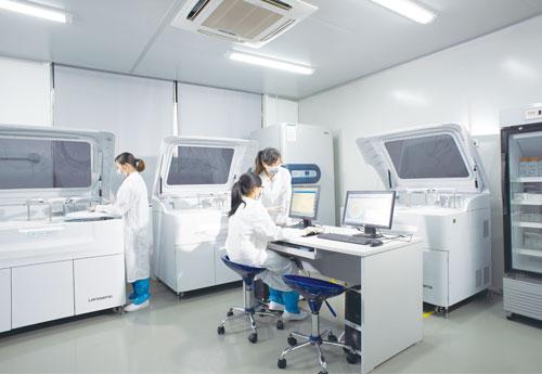 生化实验室|生化试剂生产掠影|蓝韵集团--国产医疗